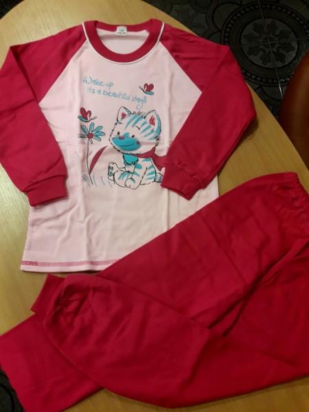 Детская теплая пижама на баечке для девочки Кошечка малиновая 122 размер