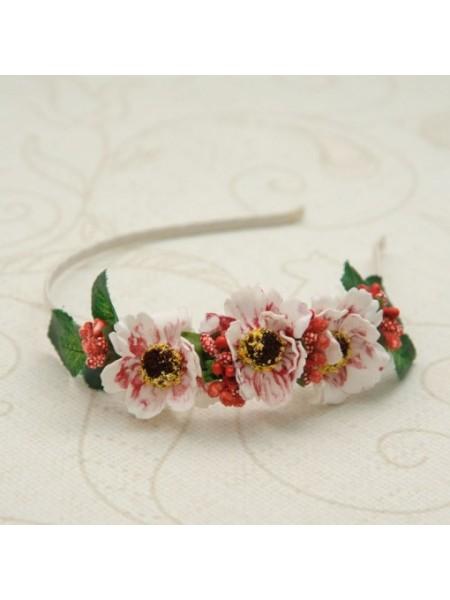 Ободок с цветочками  на голову для девочки