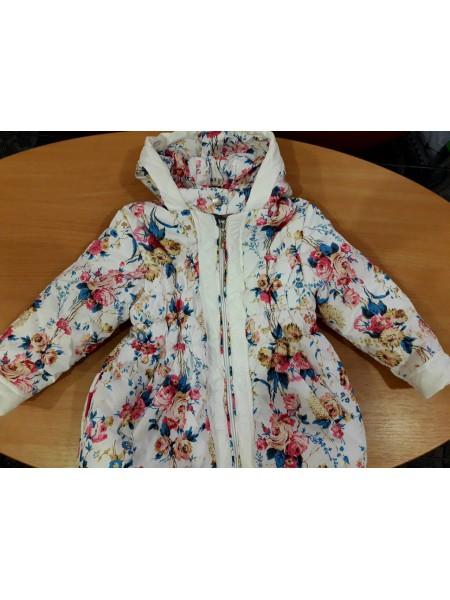 Куртка для девочки белая в цветочек 104 р